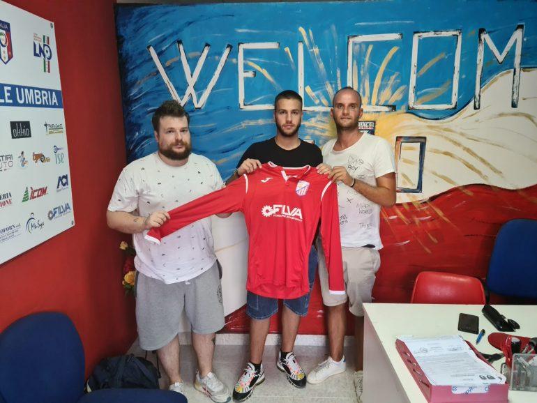 Un altro arrivo in casa Atletico Gualdo Fossato che con il difensore Rocco Latini va a completare il reparto difensivo.
